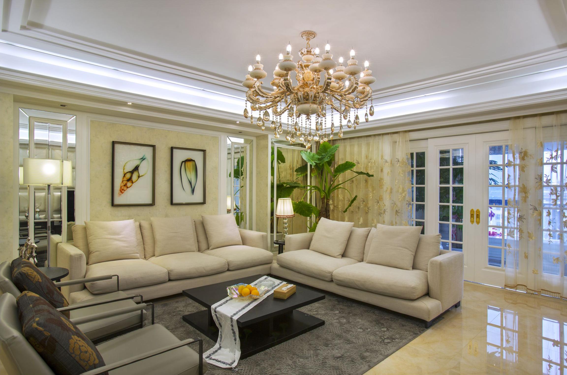 大户型新古典风格装修沙发布置图