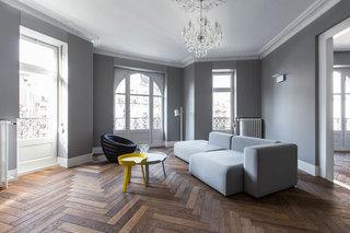 大户型极简风公寓客厅装修效果图