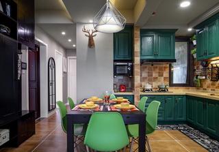 混搭风格三居室厨餐厅装修效果图