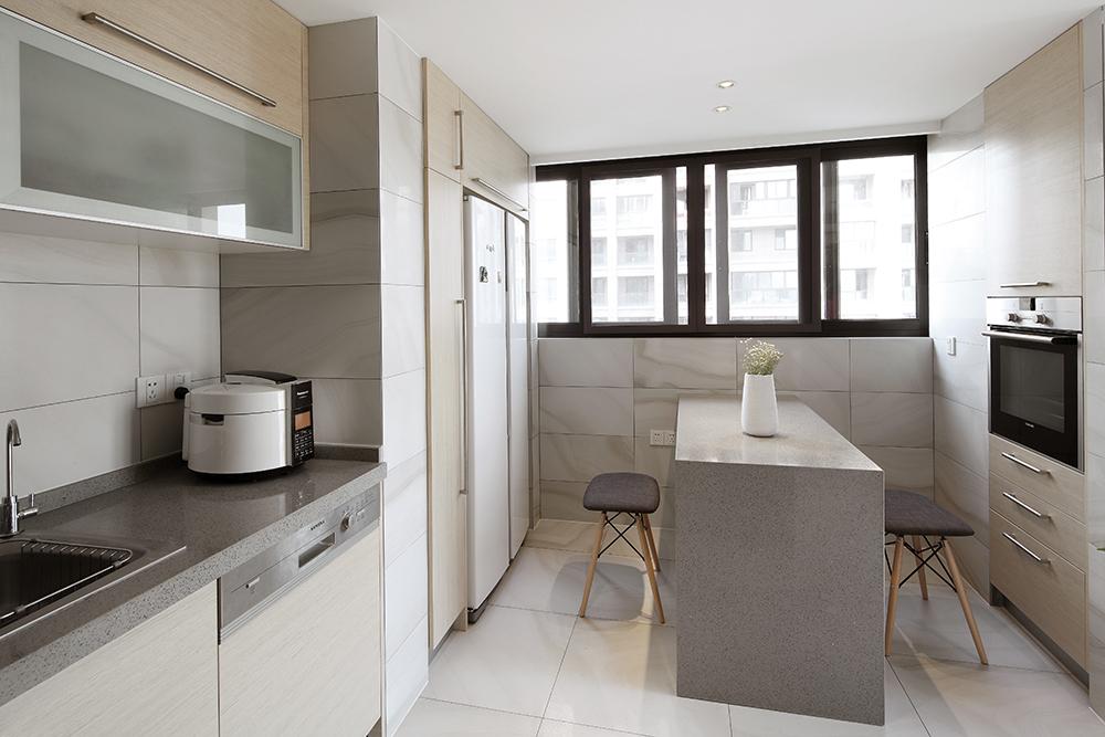 140㎡现代简约厨房装修设计图
