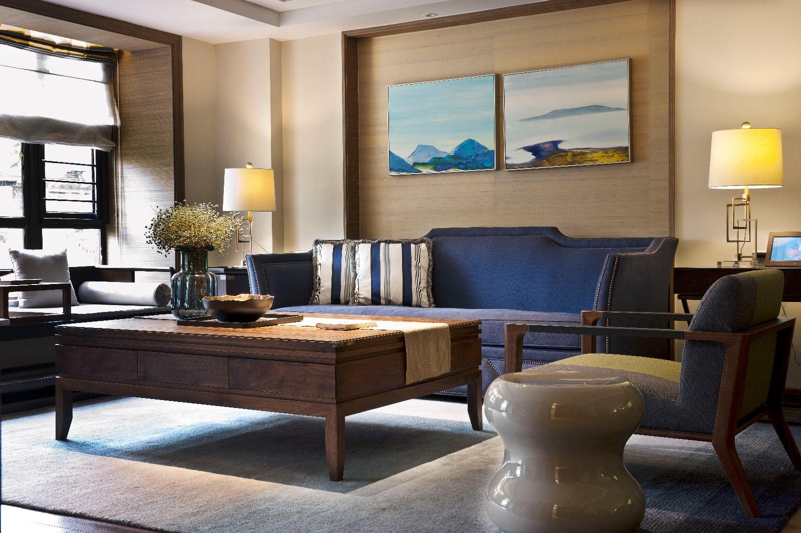 现代中式混搭别墅客厅装修效果图