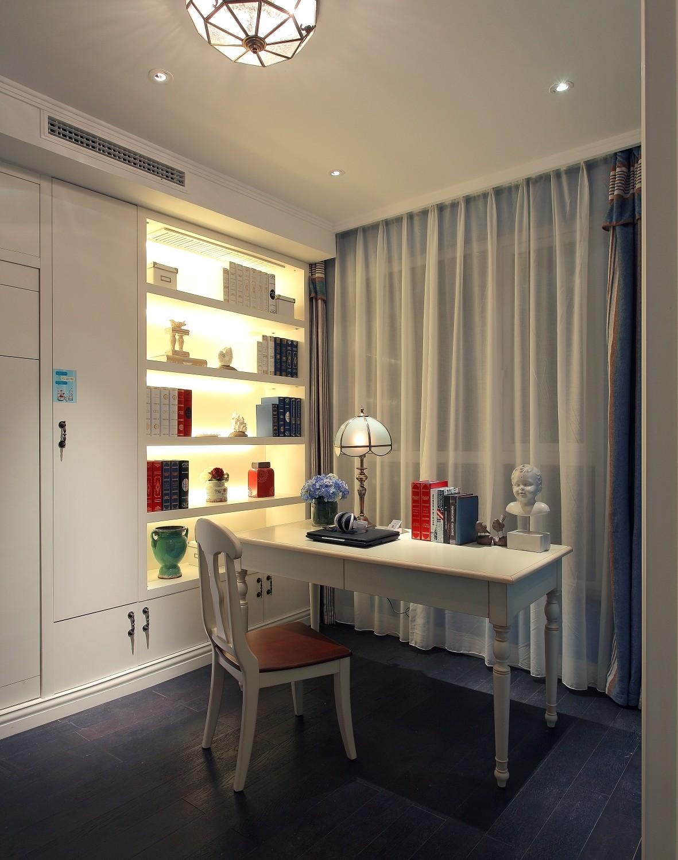 三居室地中海风格书房装修设计图
