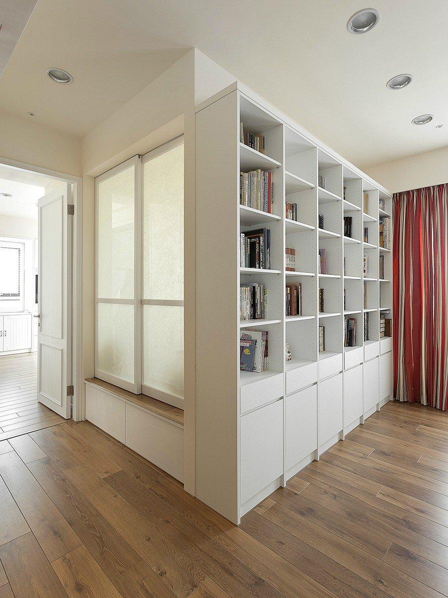 现代简约美式三居书柜装修效果图