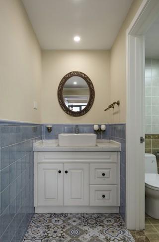 120平美式风格卫生间装修设计图