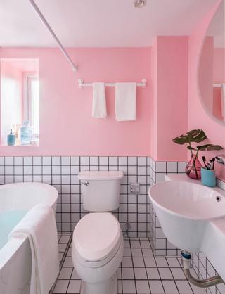 100平北欧风粉色卫生间装修效果图