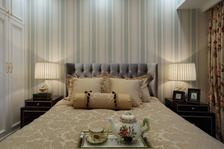英式田园风格四居卧室装修布置图