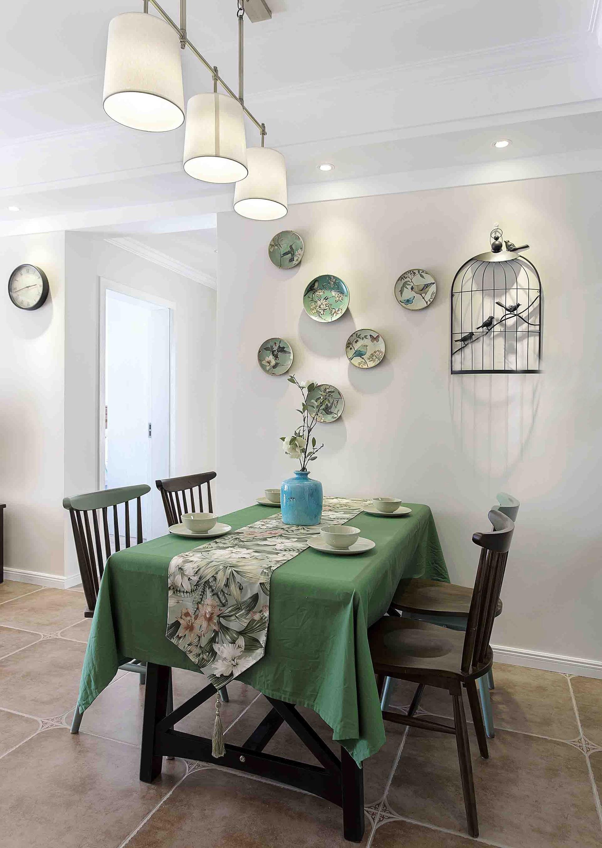 美式风格二居室餐厅装修效果图