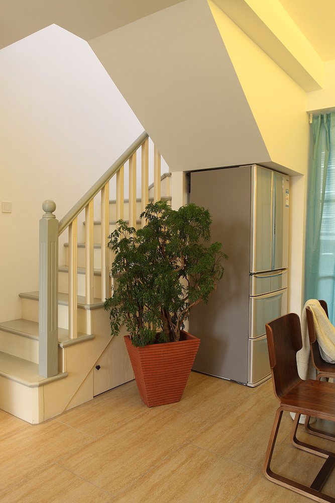 89㎡小复式三居楼梯装修效果图