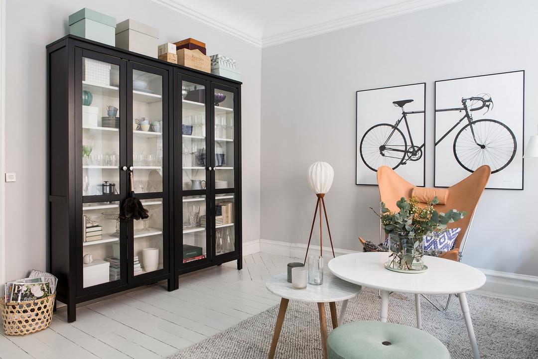 北歐風格公寓裝修黑色櫥柜設計圖