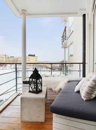 北欧风两居室公寓阳台装修效果图