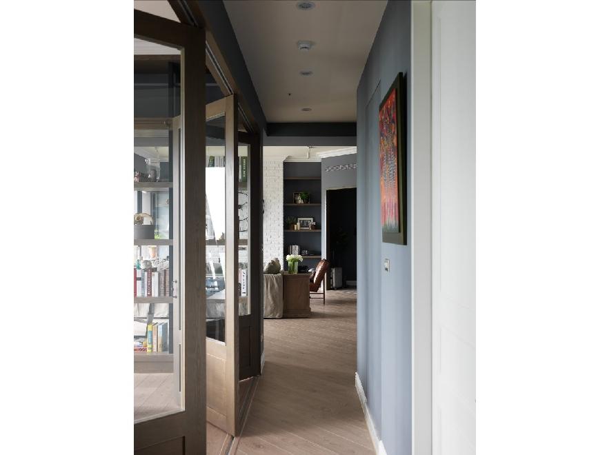 美式工业风三居走廊装修效果图