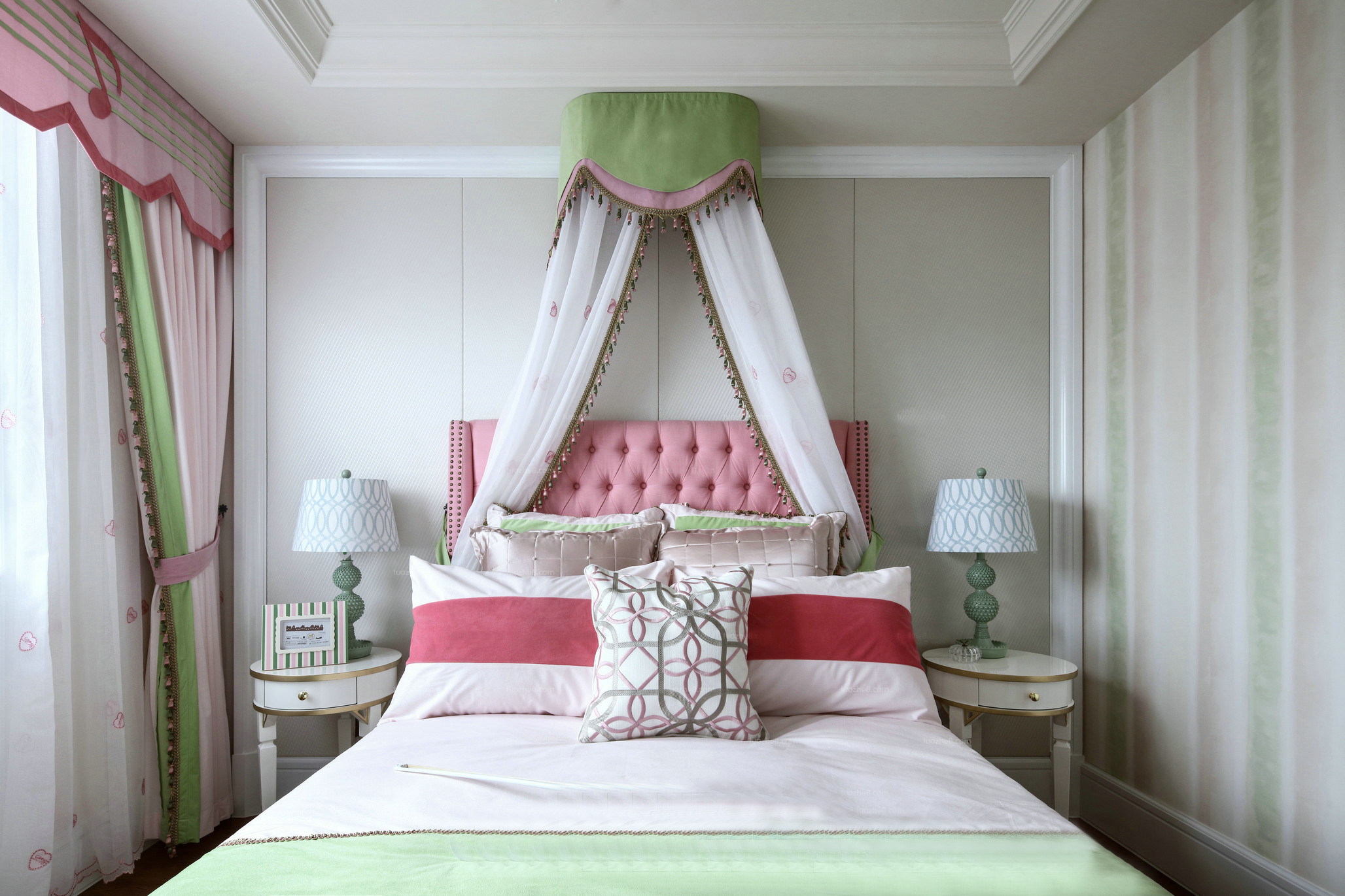 法式风格别墅女孩房装修效果图