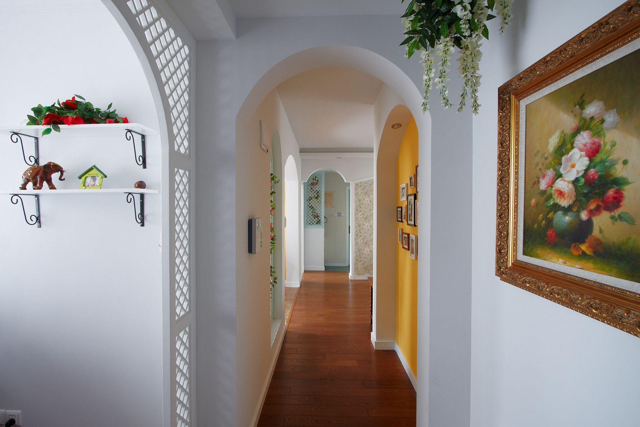 两居室田园风格走廊装修效果图