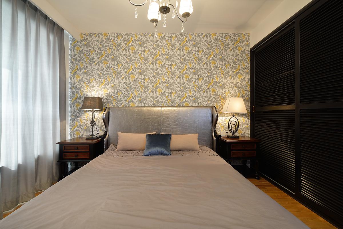 简美风格三居卧室背景墙装修效果图