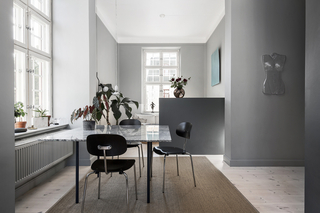 102平灰色公寓餐厅装修效果图