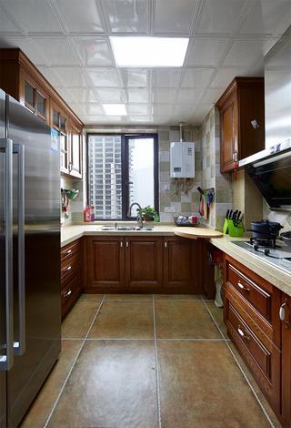 经典美式风格三居厨房装修效果图