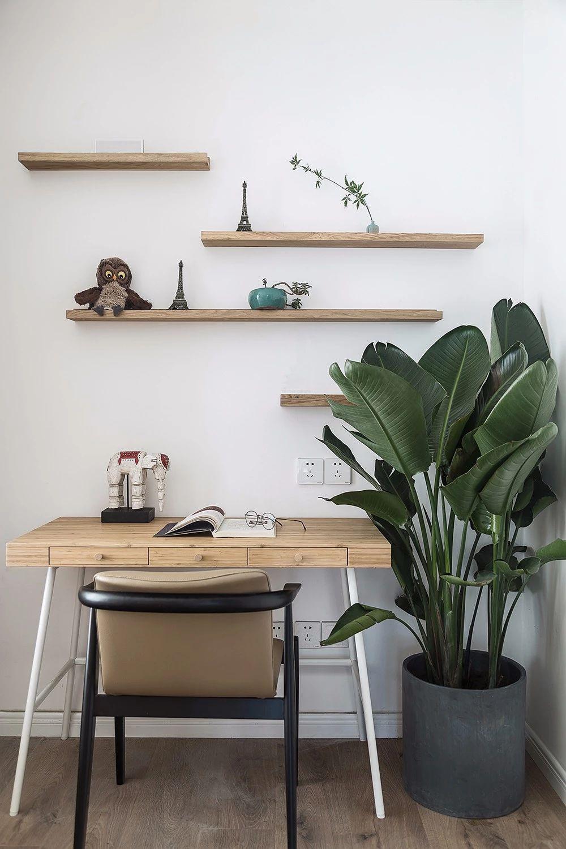 三居室北欧风格装修书桌设计图