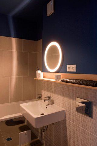 50㎡小户型公寓卫生间装修效果图