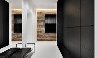 黑色系现代公寓玄关装修效果图
