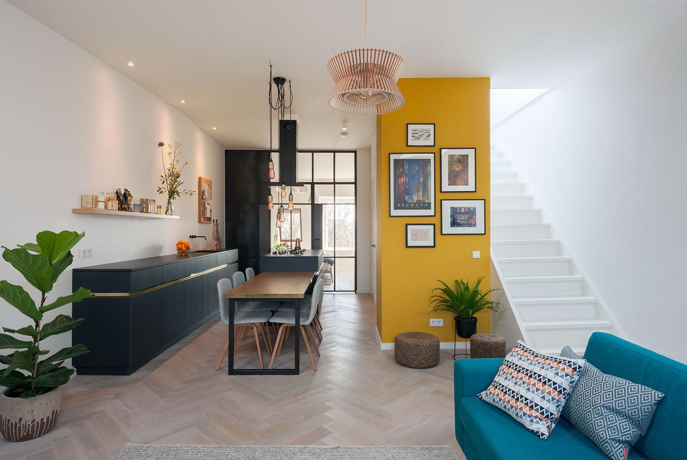 简约复式公寓装修效果图