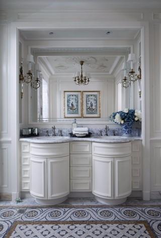 法式古典别墅卫生间装修效果图