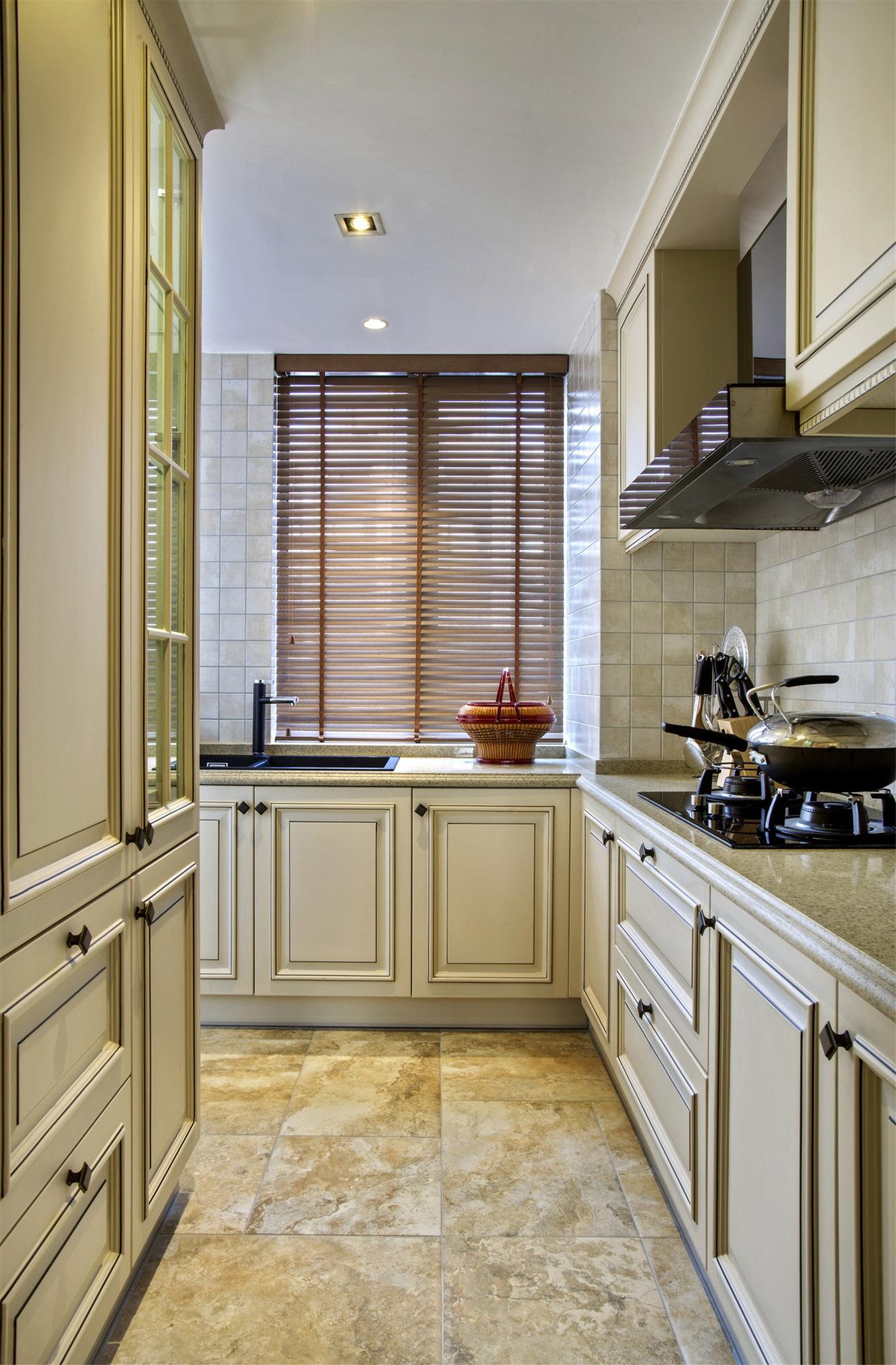大户型美式风格厨房装修效果图