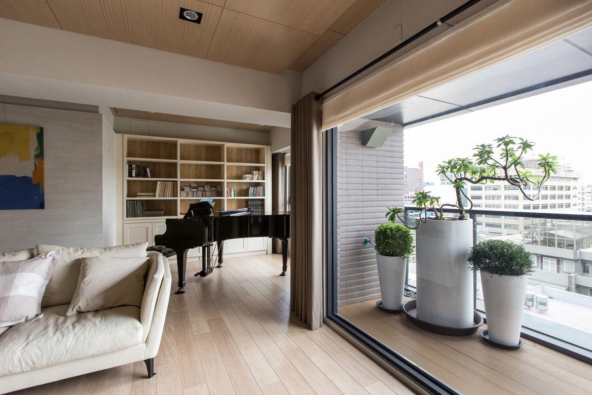 现代台式公寓阳台装修效果图