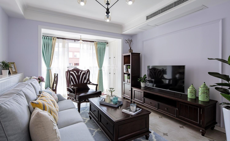 美式三居室客厅装修效果图