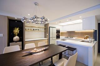 现代简约三居厨餐厅装修效果图