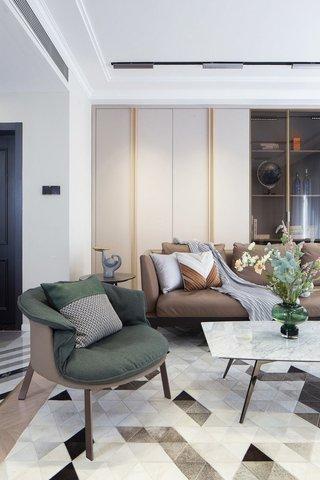150㎡现代轻奢沙发墙装修效果图