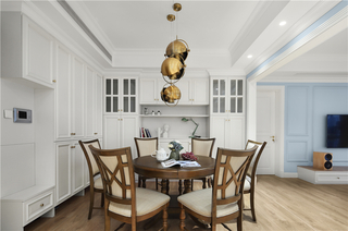 美式轻奢三居室餐厅装修效果图