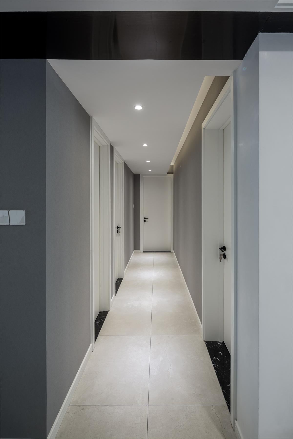 120平现代简约走廊装修效果图