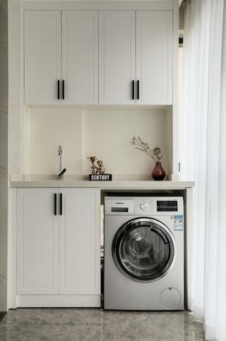 现代混搭三居装修阳台洗衣柜设计图