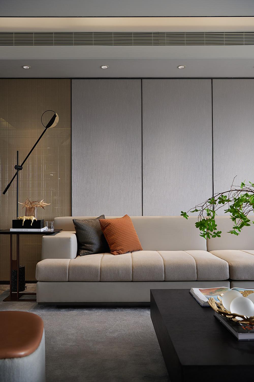 现代轻奢四居沙发墙装修效果图