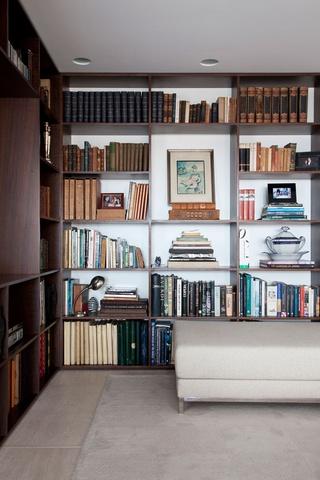复古地中海风情 实木客厅书房效果图