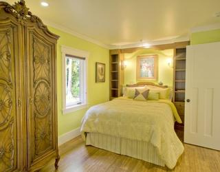 歐式風格鵝黃色調一居室裝修效果圖