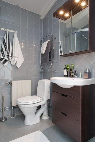 美式风格卫生间浴柜设计