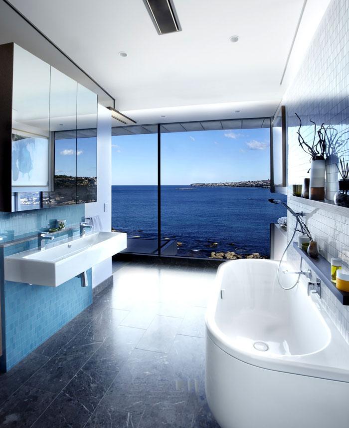 时尚现代别墅浴室景观窗设计
