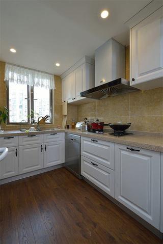 美式风格厨房橱柜装饰图