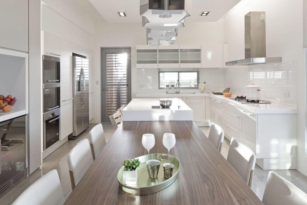 优雅裸色系简约风 厨餐厅一体设计