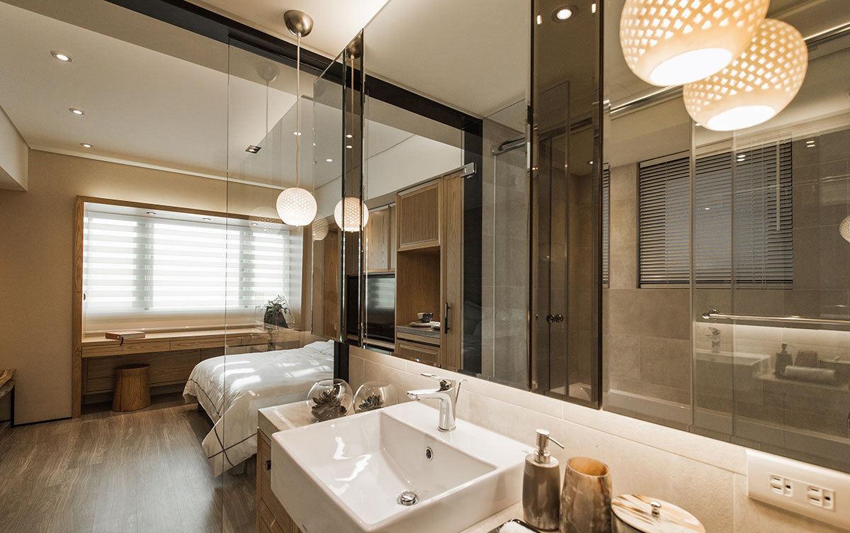 原木宜家卧室 卫生间玻璃隔断设计