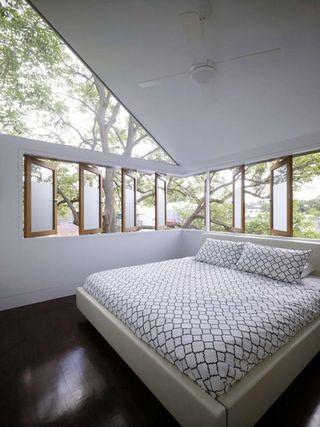 美式风格阁楼卧室窗户欣赏