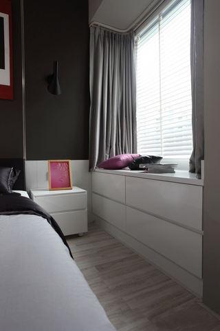 簡約裝修臥室飄窗效果圖