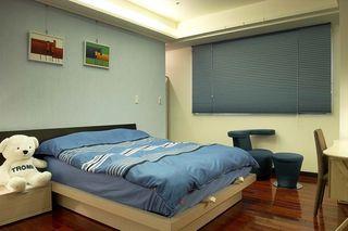 蓝色调现代儿童房软装设计