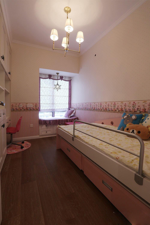 甜蜜粉色系美式儿童房效果图