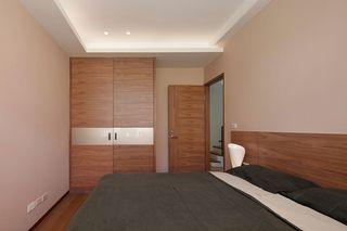 现代家装卧室实木衣柜设计