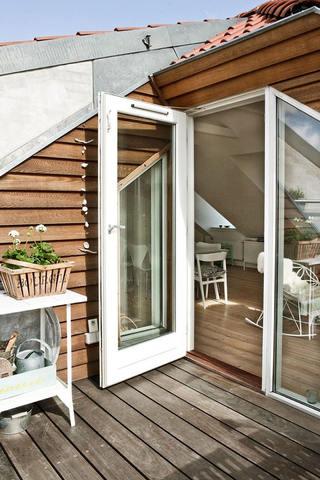 别墅家装阳台阁楼设计效果图