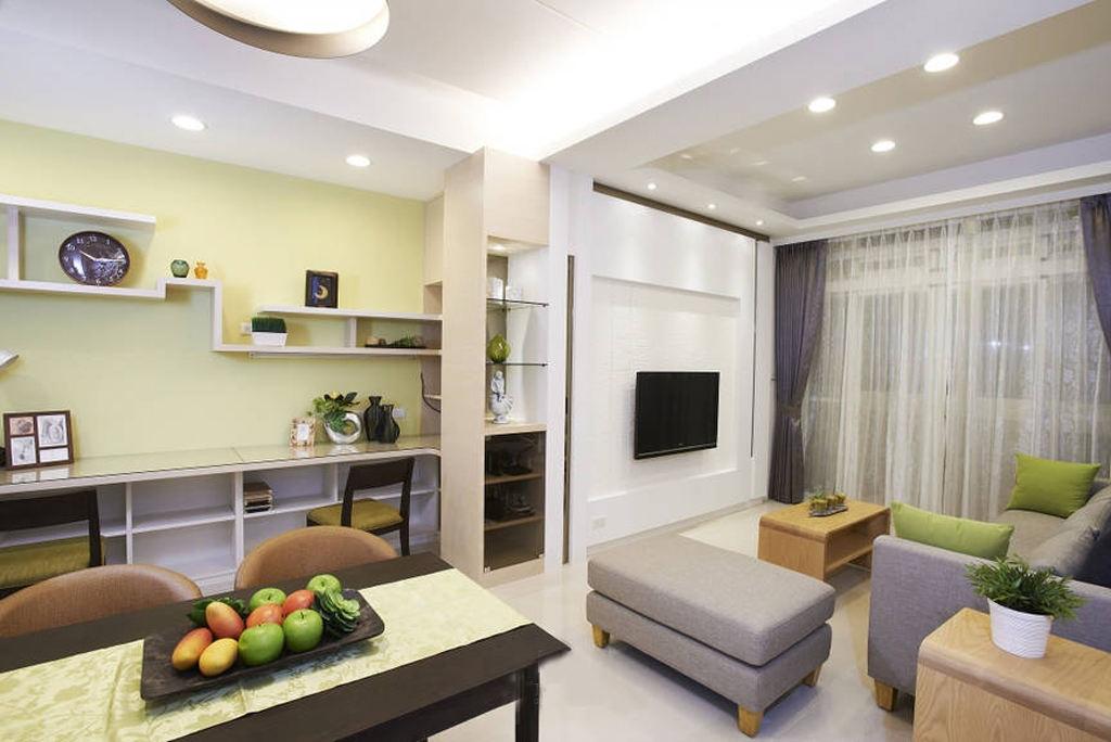 简约客厅白色电视背景墙设计