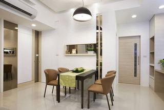 极简主义餐厅桌椅装饰