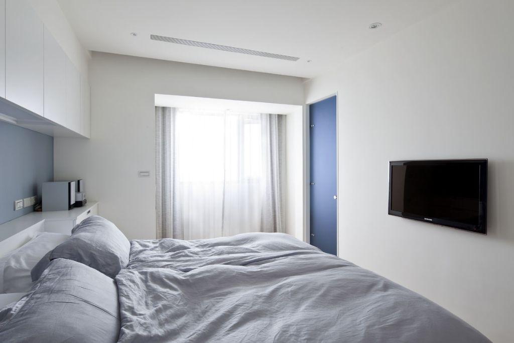 明亮极简小卧室装饰图